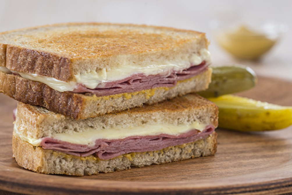Montréal Smoked Meat Grilled Cheese