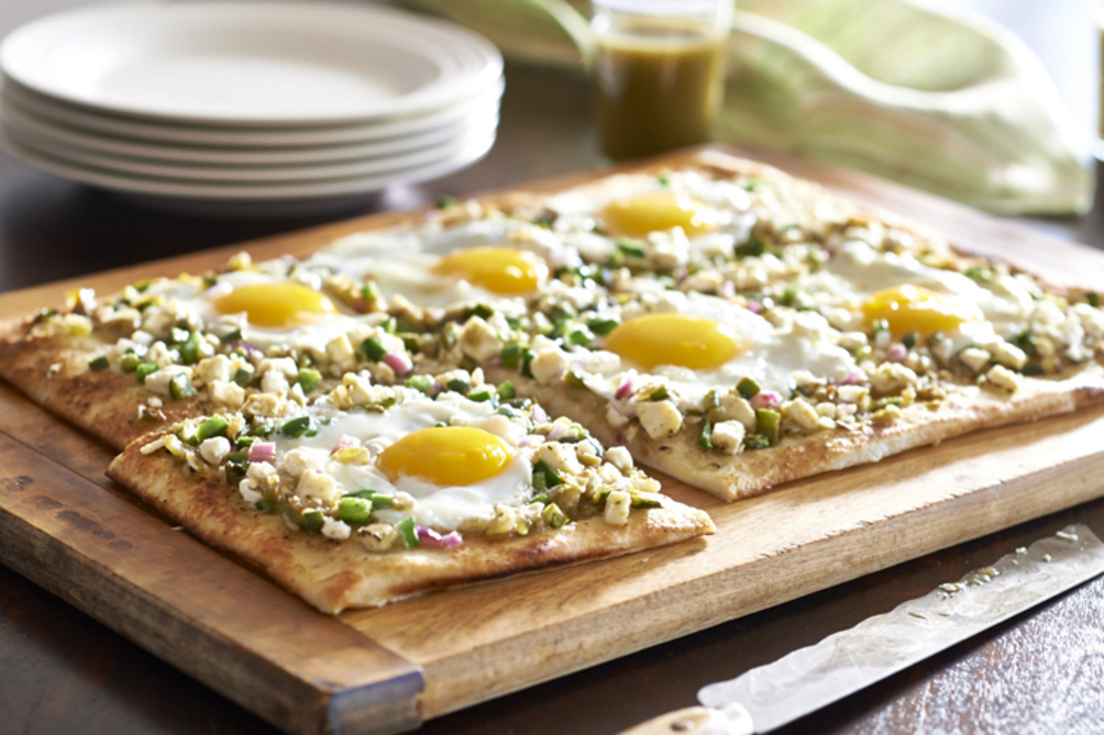 Egg and Feta Brunch Pizzas
