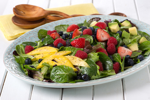 Salade aux multiples petits fruits
