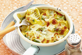 One-Pot Tortellini and Broccoli au Gratin