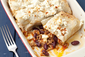 Beefy Enchiladas with Chili Sauce