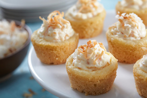 Mini Coconut Cheesecakes Bites