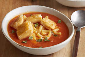 Mac & Grilled Cheese Tomato Soup