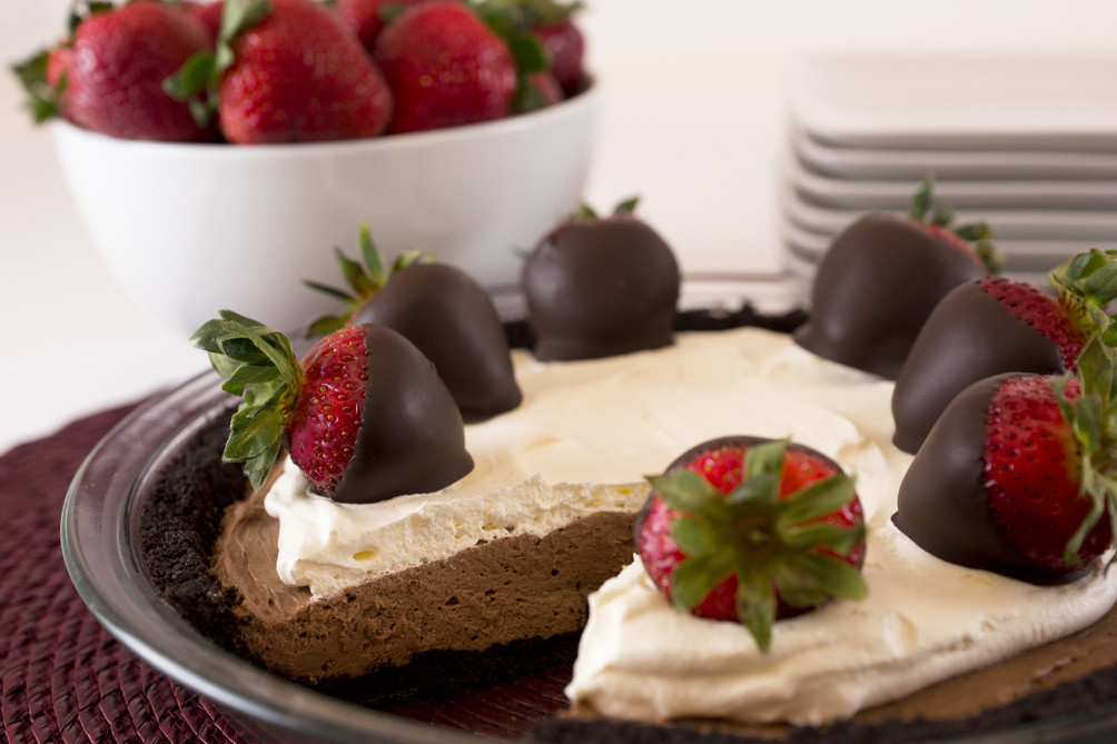 Chocolate Dipped-Strawberry Pie