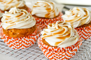 Caramel-Pumpkin Cupcakes with Caramel| Cinnamon and Cream Cheese Frosting