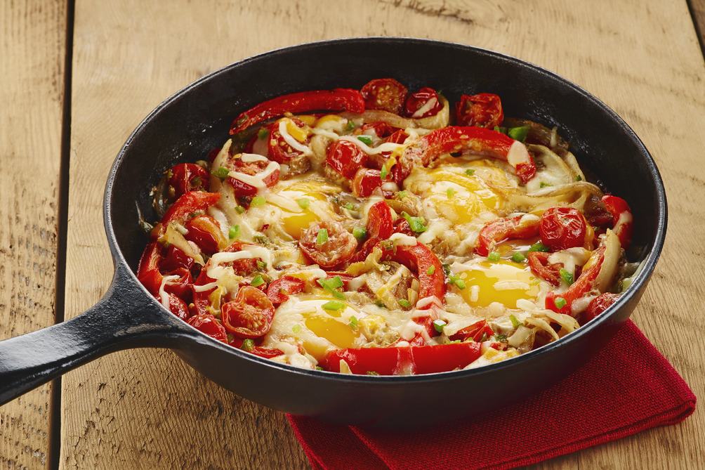 Spicy Tomato-Egg Skillet