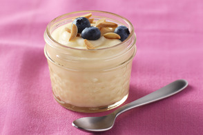 Berry-Almond Vanilla Pudding