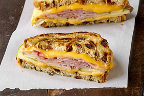 Grilled Cheese with Ham & Apples