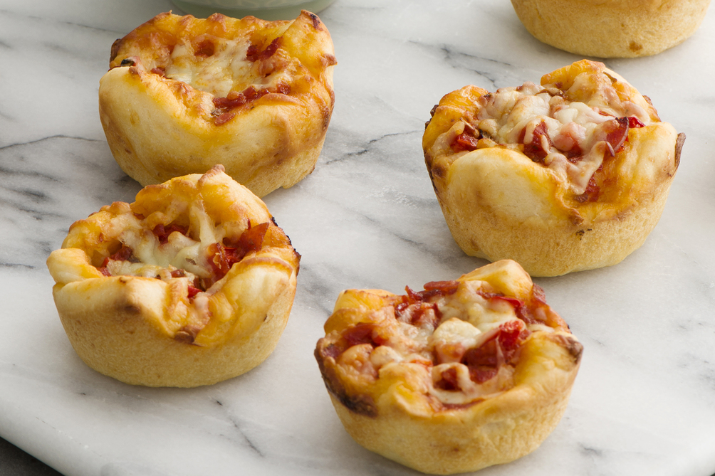 Deep-Dish Muffin Pan Pizzas