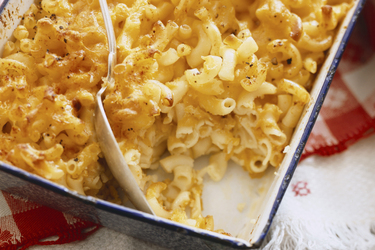 Southern Baked Mac and Cheese | Kraft What's Cooking