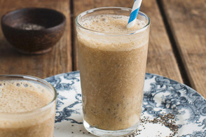 Banana-Coffee Smoothies with Chia Seeds