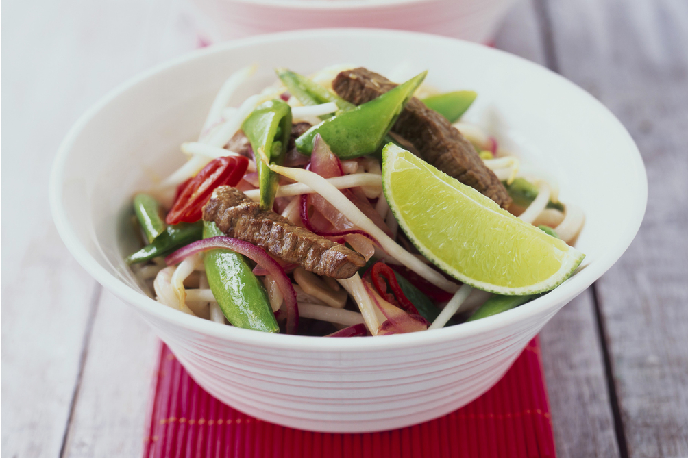 25-Minute Spicy Stir-Fry with Pork and Sprouts
