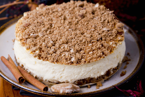 Spiced Crumble Cheesecake