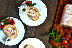 Cream Cheese & Strawberry Roulade