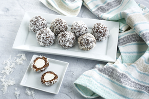 No-Bake Chocolate Snowball Cookies